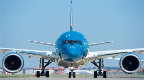 Vietnam Airlines becomes second airline to take delivery